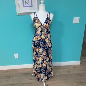 Summery Maxi Dress - Cute Strap Details